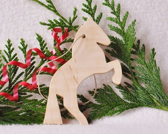 Wood Horse Christmas Ornament - white horse -cowboy- cowgirl -  horse lover ornament - animal ornament  stocking stuffer - gift tag- WH231