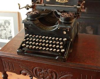 Royal 10 Typewriter c1917 Serial# x324355