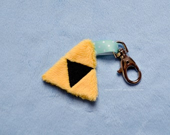 Legend of Zelda - Triforce plush keychain