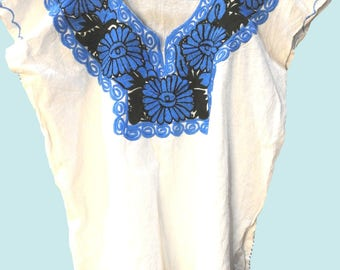 White  mexico embroidery blouse, a real authentic mexican clothes!