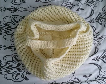 Hand-Knitted Off-White Reusable Shopping / Beach Tote Bag