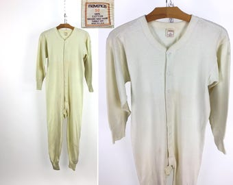 Vintage 1970s Off-White Union Suit by Maverick Size 50 // Onsie // Thermal // Long Johns // Pajamas // Drop Seat // Butt Flap // 70s