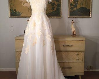 1960s Vintage Wedding Dress -- Dreamy Ivory Bridal Gown Sheer Layers and Delicate Lace Appliqué , Cap Sleeves, Jewel Neckline