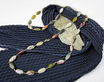 """Necklace 50s Modernist Agates & Sterling Silver Wire, 43"""" (110cm.) Opera Length, Oval 3/4"""" (20mm.) Beads."""