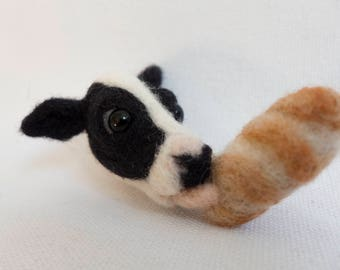 I lik the bred Brooch. Needle felted accessory. Realistic wool animal jewelry.