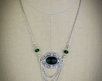 Medieval Shield - the green necklace - short necklace - female warrior - victorian necklace
