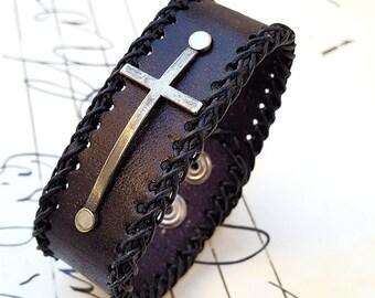 Steampunk Cross  Leather Wristband Cuff -Steampunk Bracelet-Steampunk cuff-steampunk Girlfriend Ladies gift