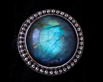 Labradorite Sterling Silver Ring : LUNA