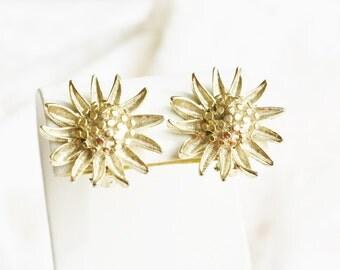 Vintage BSK Signed Gold Tone Flower Earrings