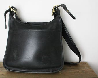 Vintage Classic Coach Women's Black Leather Simple Hobo Satchel Purse 9966 G8