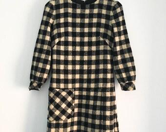 "SALE CODE ""150FF"" | 60s plaid wool mod dress / mod black white checker dress / long sleeve 60s dress / small - medium"