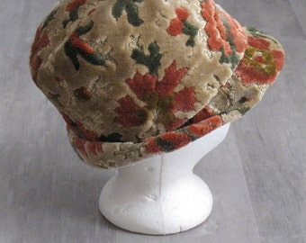 Vintage Women's Tapestry Chenille Fedora Style Hat