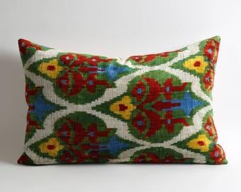 ikat velvet pillow, ikat pillow cover, velvet cushion, velvet ikat pillow, silk, handmade, pillows, cushion, velvet pillow cover