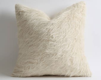 White goat hair kilim pillow cover 16x16 inch fur pillow cover