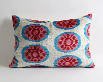 Velvet pillow cover // Decorative throw pillow // hand woven hand dyed silk velvet ikat pillow