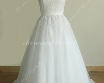 Vintage white A line Tulle Lace wedding dress with Spaghetti straps