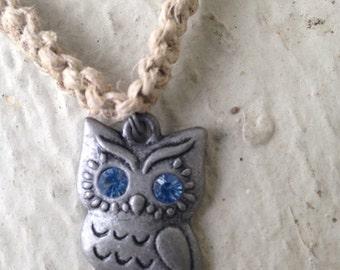Owl Necklace; hemp jewelry, owl jewelry; owl necklace; bird jewelry; bird necklace