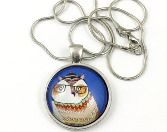 1 owl glass pendant with chain ,silver tone,# PEN 137