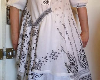 Dress-tunic T - Unique 38-40-42-44 unstructured black and white patterns