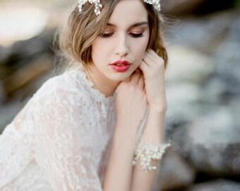 Pearl and glass crystal hair vine, hair wreath, headband, wedding hair accessories, hair jewelry, garden wedding