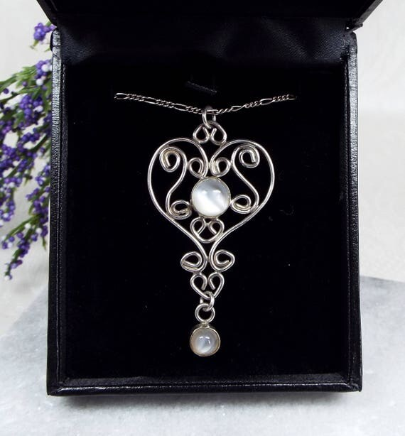 Vintage Sterling Silver Ornate Heart Cat's Eye Moonstone Pendant Necklace Chain