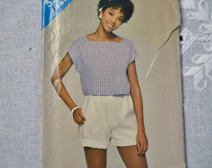 See and Sew Sewing Pattern 5302 Misses Shorts and Top Size 6 8 10 Fashion Clothing DIY Sewing  PanchosPorch