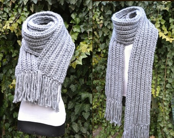 Long Chunky scarf. Warm chunky scarf. Long knitted scarf. Knit gray scarf.