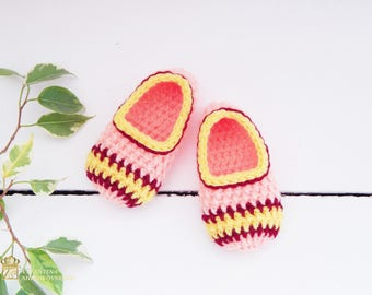 Crocheted Baby Slippers, Booties, Shoes. Infant shoes, Baby dress shoes. Baby ballerina shoes. Princess baby shoes