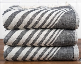Zigzag Towel, Bath Towel, Turkish Towel, Peshtemal, Hammam Towel, Black