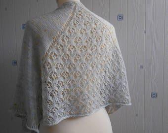 gray lace shawl, hand knitted, mérinos nylon stellina