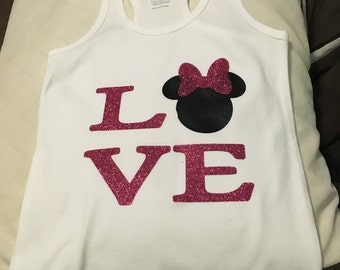 Minnie LOVE shirt