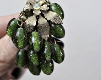 Vintage 50's 60's Green Speckled Glass Silver Floral Rhinestone Earrings
