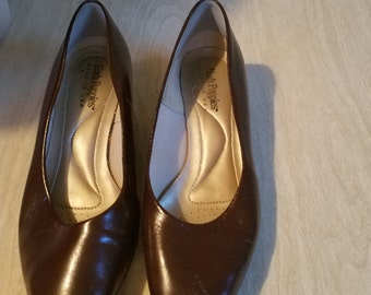 Vintage Low Pump Brown Hush Puppies Shoes Size 8