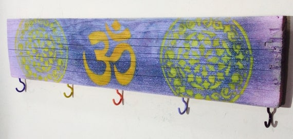 Boho om art custom wood signs/ wooden yoga ohm sign 5 coat hooks /key holder mandalas wall hanging organizer/ reclaimed wood boho decor