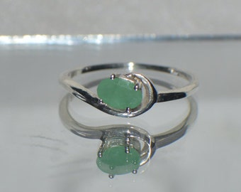 1/2ct. Natural Emerald in .925 Sterling Silver