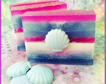 Mermaid Kisses Scented Shimmering Shea Butter & Aloe Sea Salt Soap
