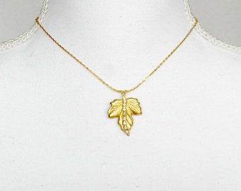Maple Leaf Necklace, Rhinestone Necklace, Gold Leaf Necklace, Leaf Necklace, Maple Leaf Jewelry, Leaf Jewelry, Leaf Chain Necklace