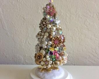 Holiday Tree, Vintage Jewelry, Bottle brush Tree, Christmas Decoration, Christmas Tree, Shabby Chic