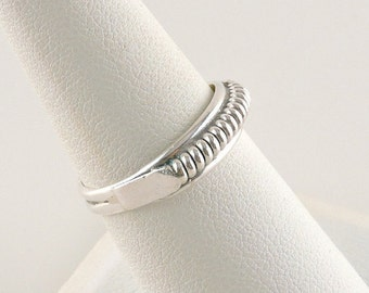 Size 7.5 Sterling Silver Spiral Ring