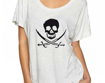 Skull Pirate Shirt. Soft & Flowy Women's Tee. Skull Shirt. Pirate T-Shirt. Gasparilla Tshirt. Pirate Clothes. Skull and Crossbones Shirt.