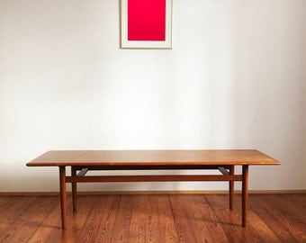 Great mid century sofa table coffee table made from teak Danish modern design