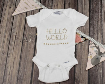 Hello World Newborn Baby Onesie, Baby Shower Gift, Newborn Photo Shoot,Coming Home Outfit, Baby BodySuit, Girl Onesie