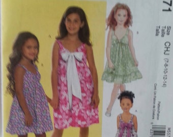 McCalls 5571 Girls Dresses Size 3-6 and 7-14