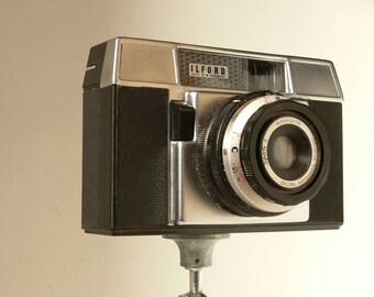 Vintage Ilford Photographic Sporti 6 120 Film Camera - 1950s - With Protective Casing