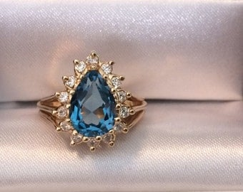 Swiss Blue Topaz Pear/Teardrop-Shaped 14KT Gold Ring