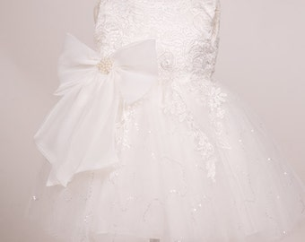 Soft white ivory Elegance lace tulle fluffy flower girl dress Christening dress baptism lace tulle dress with a detachable bow.