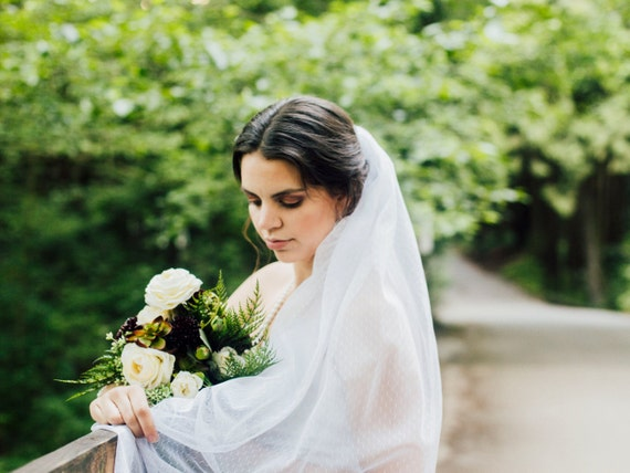 Long Wedding Veil, Elegant Veil, Floor Length Veil, Chapel Length Veil, Wedding Veil,  Bridal Veil,  Point D' Esprit, Swiss Dot Veil