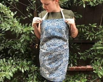 Navy & white print apron