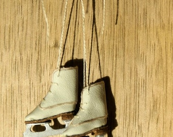 Miniature ice skates - cotton white leather and trimming