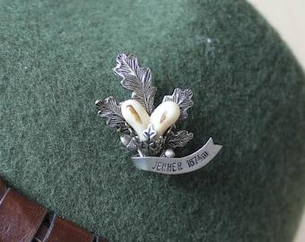 Vintage Real Austrian/ Bavarian / Alpine / German Hunting Oktoberfest Hat Pin - Faux Deer Teeth with Acorn and Leaves 1950's